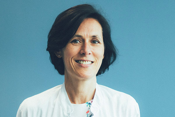 Dr Véronique Legros