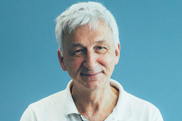 Dr Michel Bureau