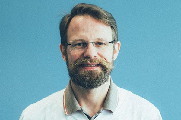 Dr François Masy
